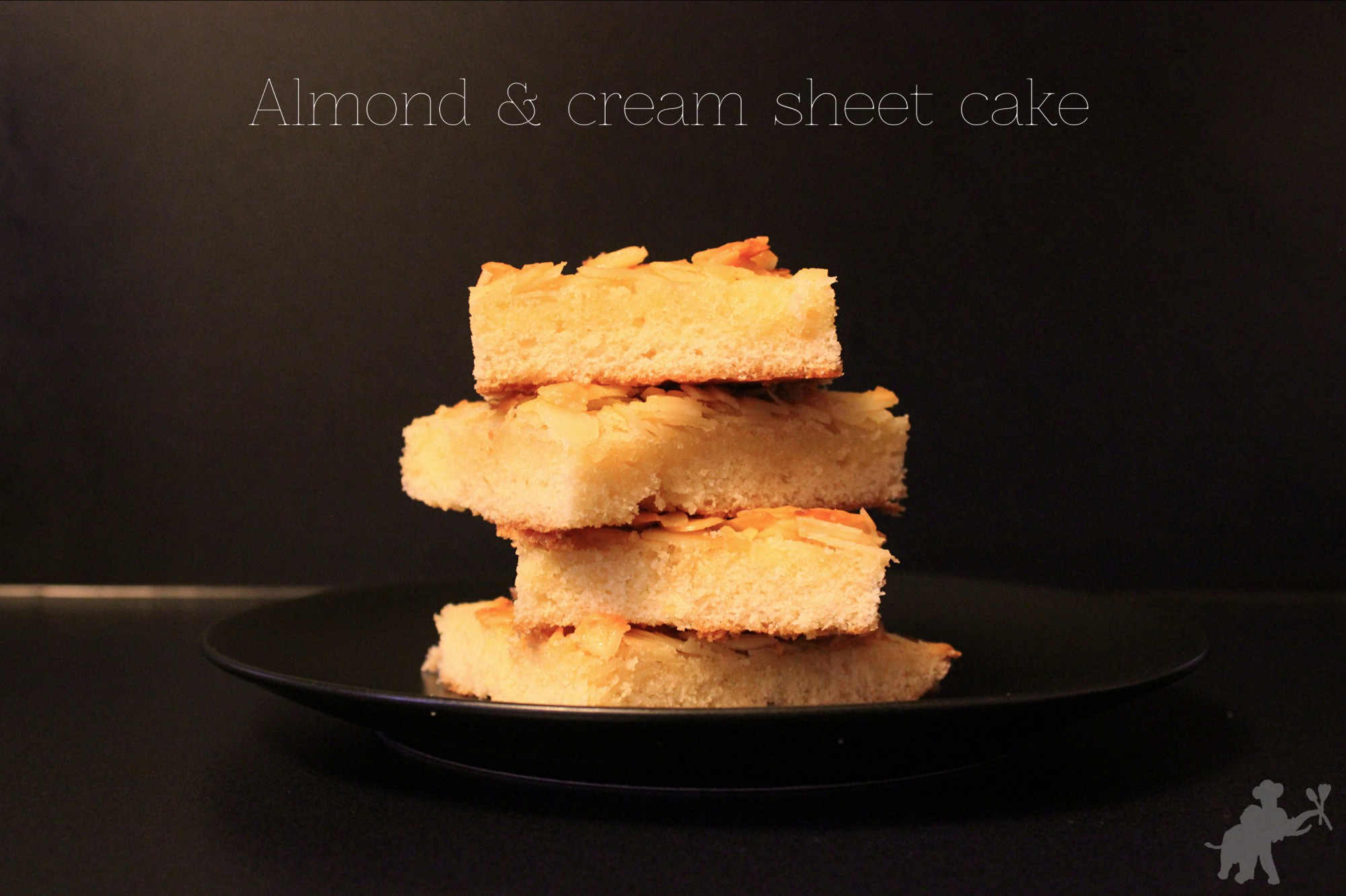 Almond_cream_sheet_cake