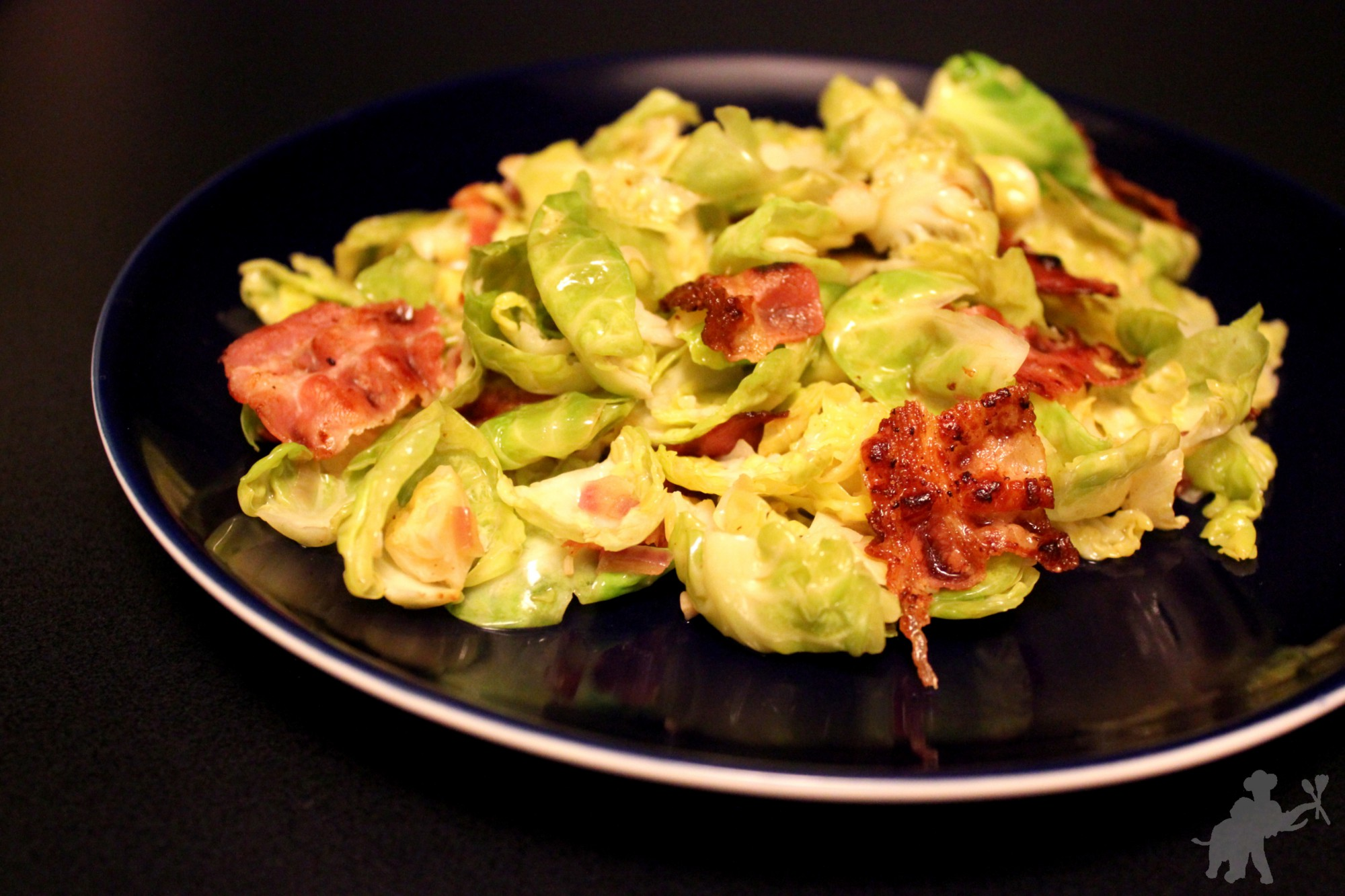 Brussels sprouts leaves with bacon 2