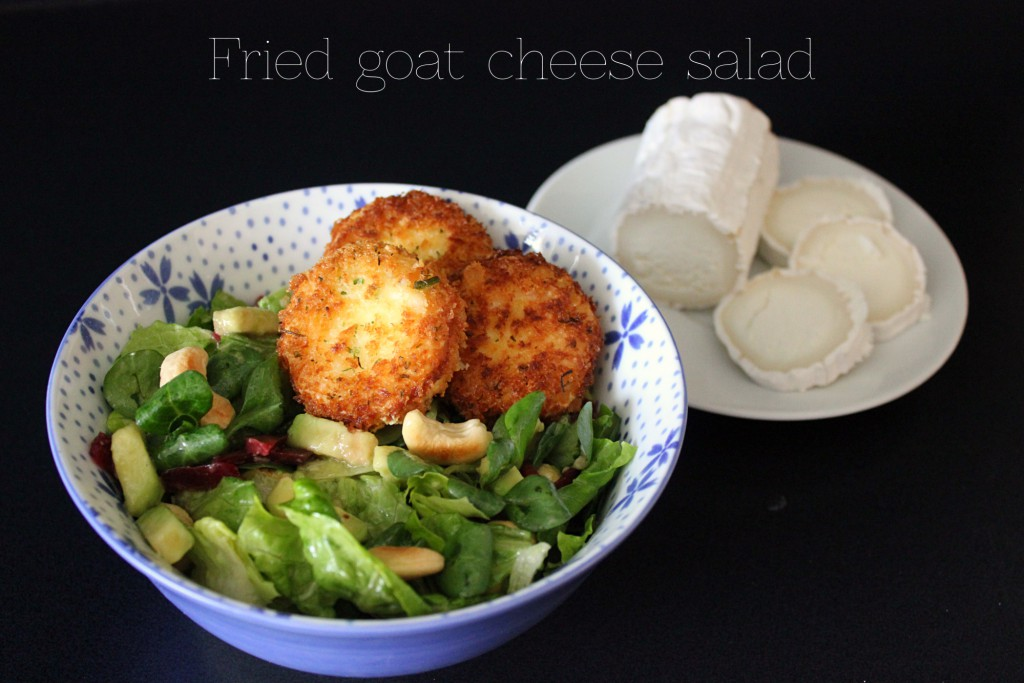Fried goat cheese salad – Salat mit gebackenem Ziegenkäse