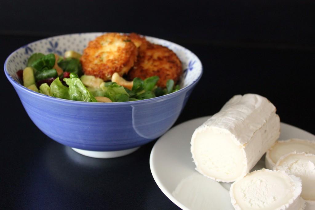 Fried goat cheese salad – Salat mit gebackenem Ziegenkäse ...