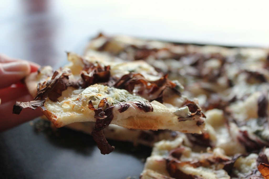 Tarte Flambée with radicchio and blue cheese - Gourmet Elephant